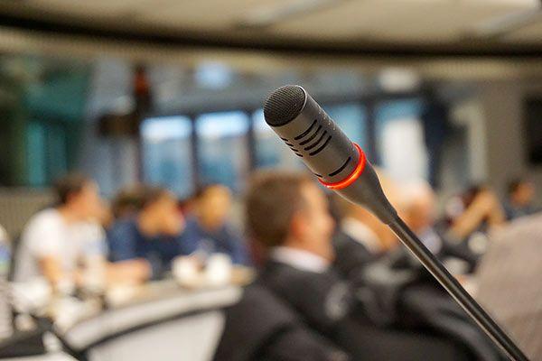قیمت میکروفون سالن کنفرانس